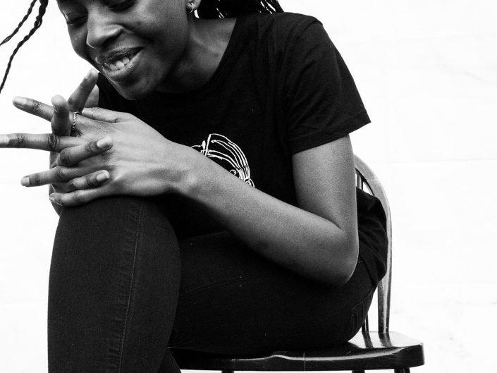 adeola laughing